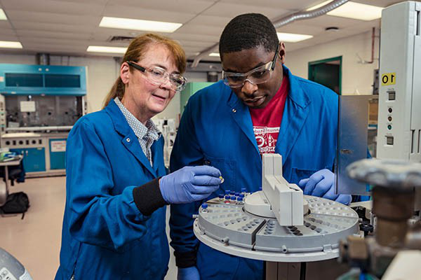 Villanova Engineering undergraduates work with faculty on ground-breaking research.